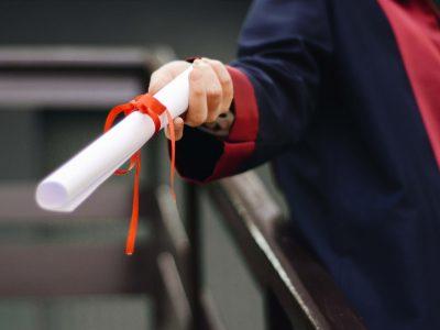Jeunes diplômés au chômage : et si on s'engageait ?